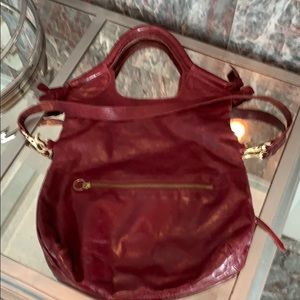 Gorgeous foley and Corinna maroon bag